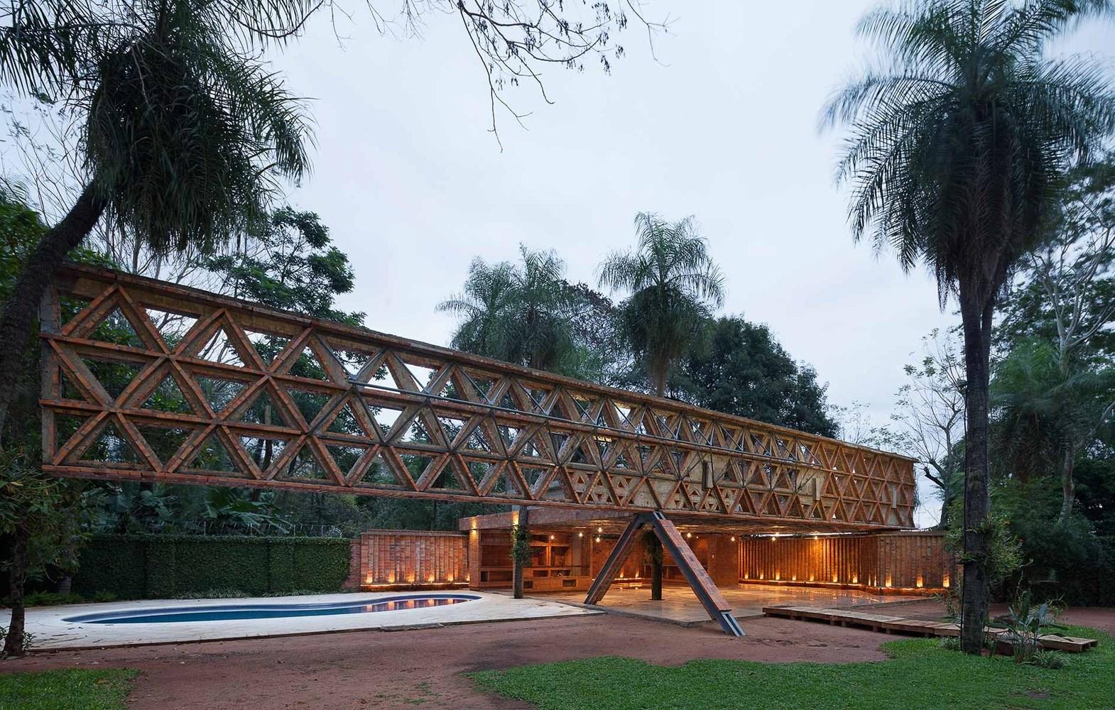 Quincho Tía Coral / Gabinete de Arquitectura. Image © Federico Cairoli