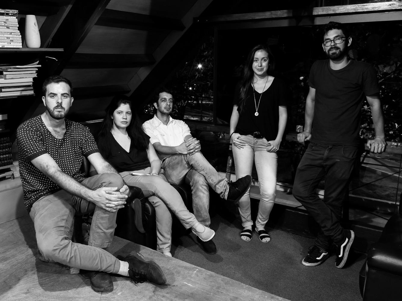 Actuales integrantes de The Society Paraguay, de derecha a izquierda: Mauricio Paiva, Salma Abraham, Leonardo Méndez, Verónica Díaz de Vivar. Image © Leonardo Méndez